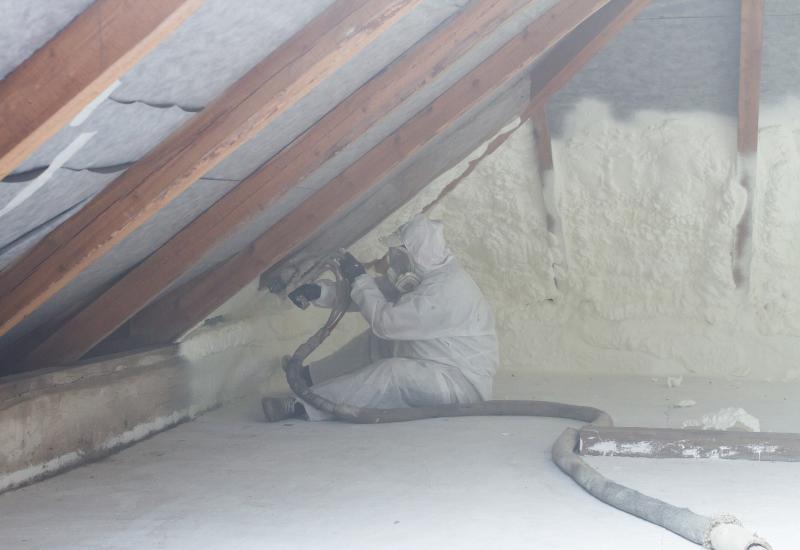 spray foam insulation michigan